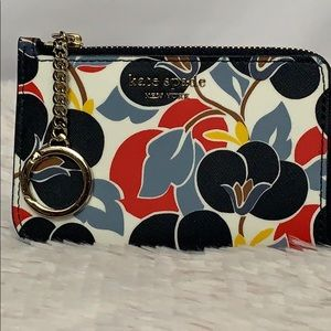 Kate Spade Card Holder NWT Cameron Breezy Floral